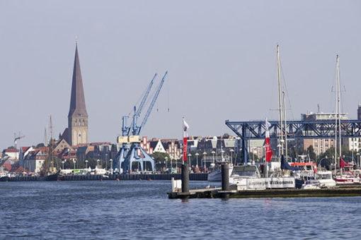 Abenteuer Stadtwelten - Stadtführung Rostock & Warnemünde - Rostock Stadthafen